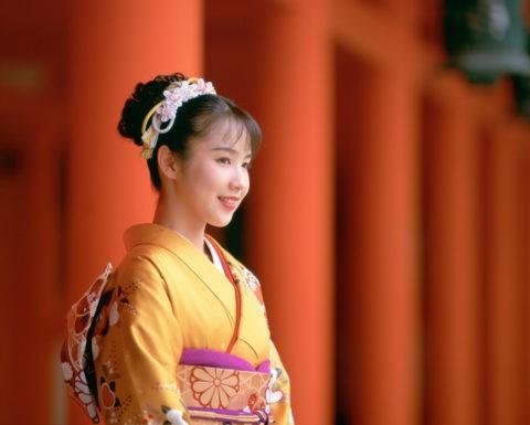 和服の女性 京都