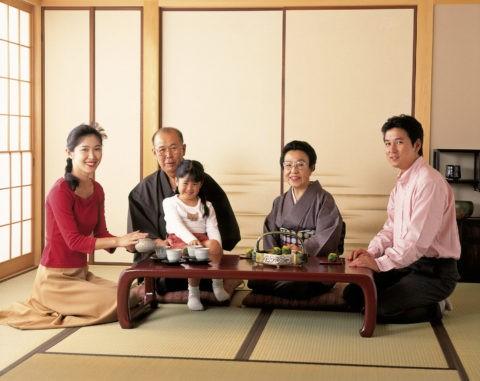 和室の三世代