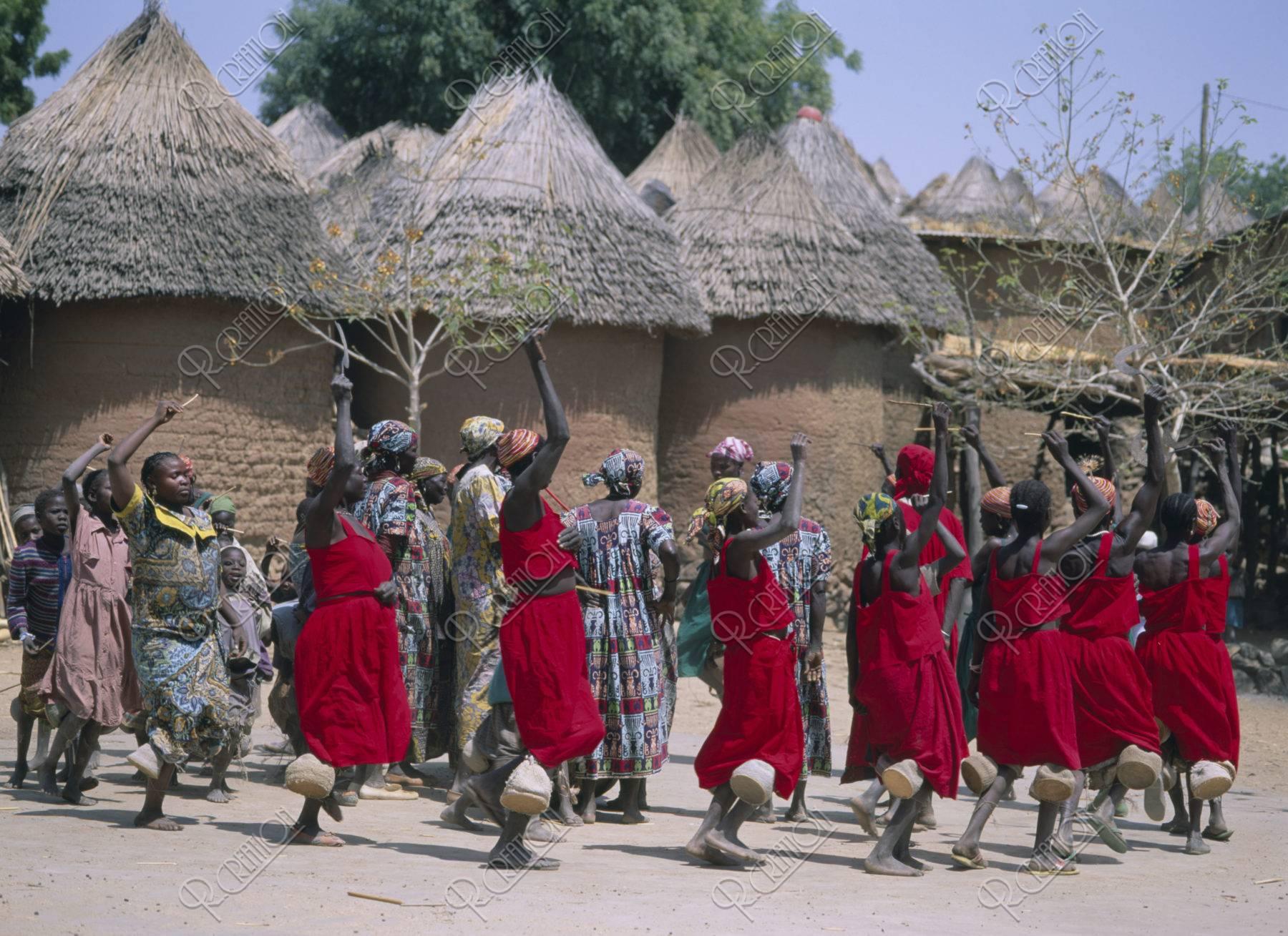 ポドコ族キルディダンス