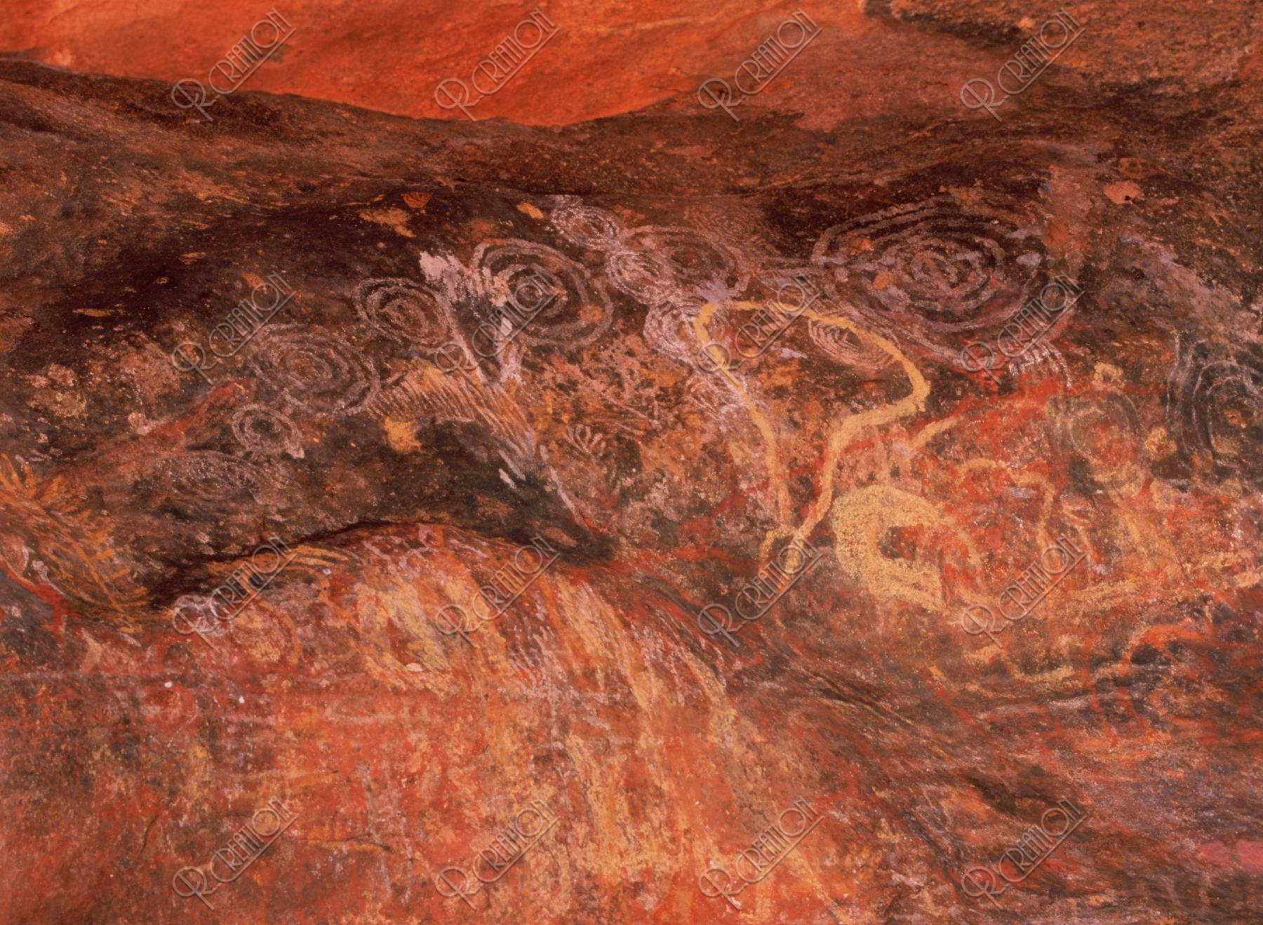 ウルル(エアーズロック)の岩絵W