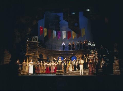 国立オペラ劇場 オペラ カルメン