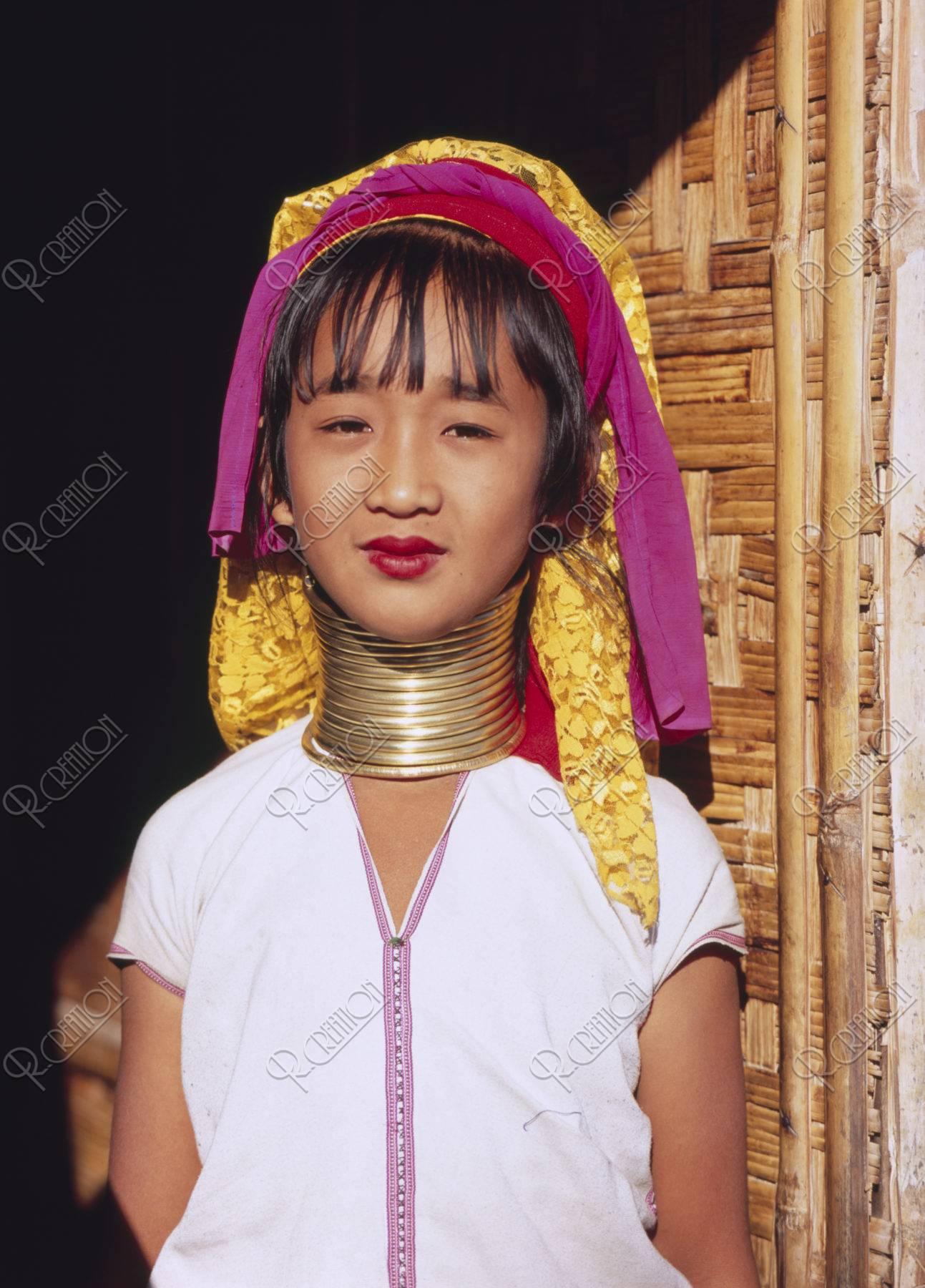 首長族(パダウン族)の女性