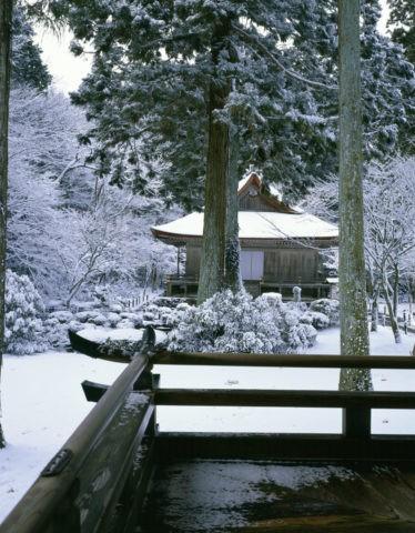 雪の三千院