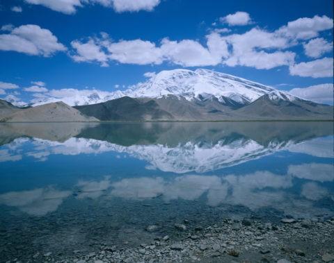 カラクリ湖 パミール高原