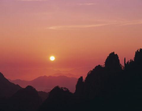 黄山 清涼台からの朝日 W