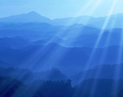 阿騎野の朝と光芒