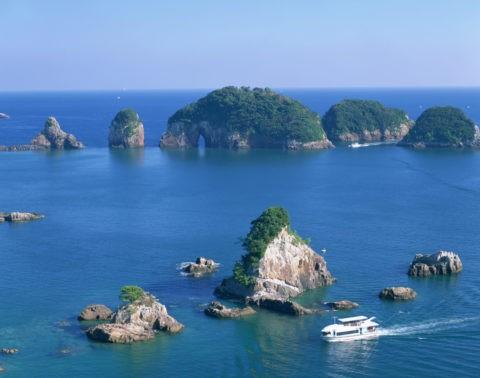 漁船と紀の松島