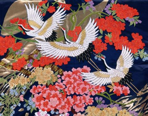 打掛の部分三羽の鶴