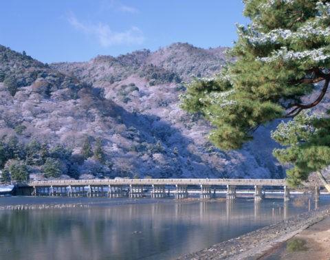 嵐山渡月橋 淡雪