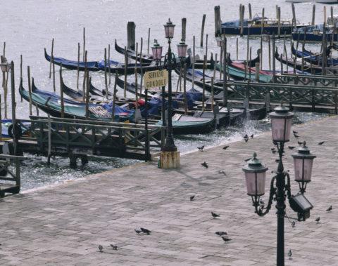 ゴンドラ船着場 イタリア