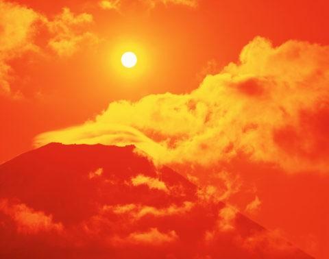 富士山と朝日と雲