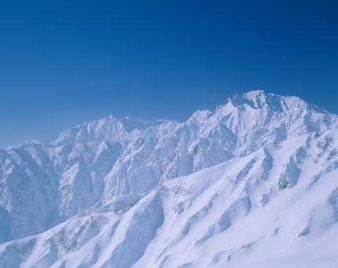 八方より雪の鹿島槍、五竜岳