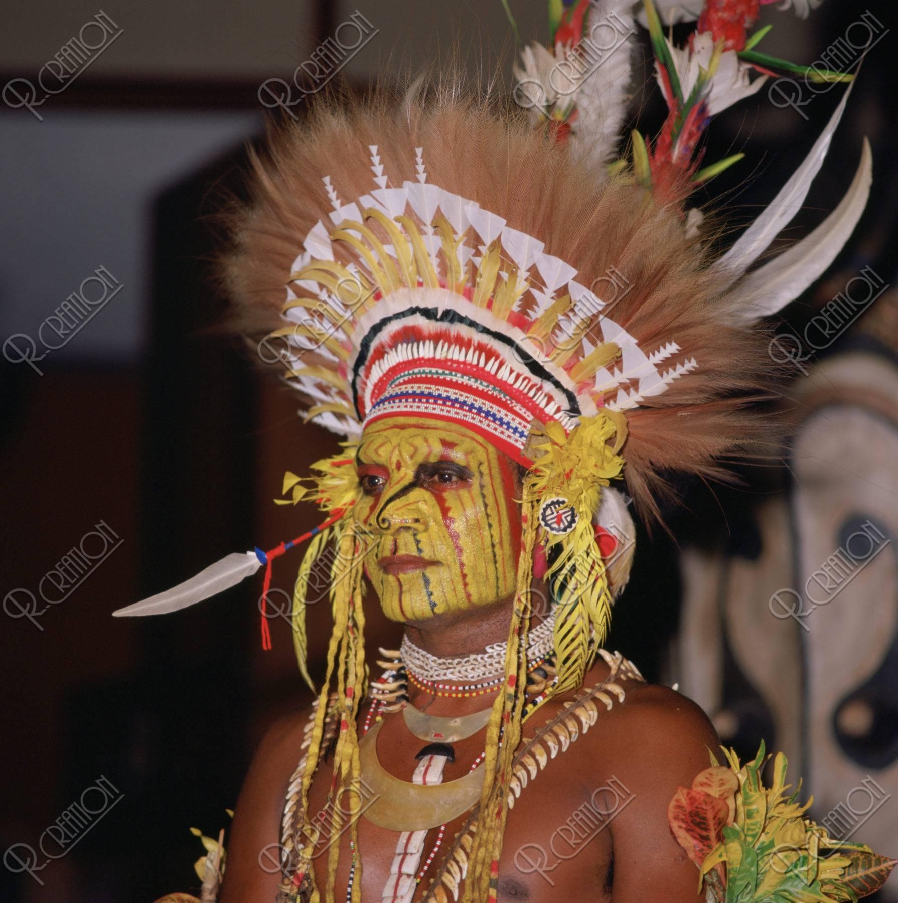 MEKEO族 パプアニューギニア