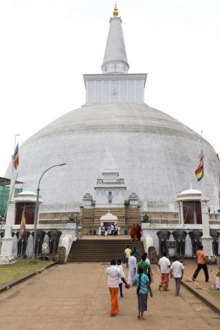 アヌラーダプラ ルワンウェリサーヤ大塔