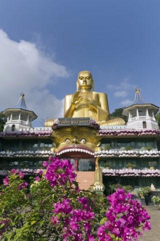 ダンブッラ石窟寺院 黄金の大仏