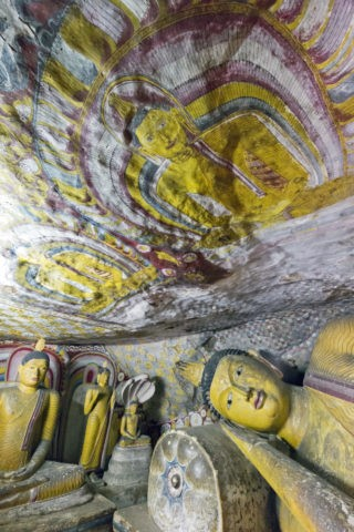 ダンブッラ石窟寺院 第5窟