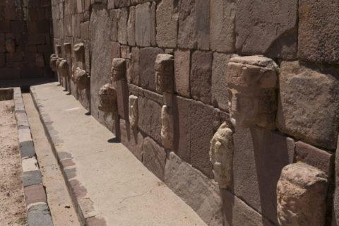 ティワナク遺跡 半地下神殿