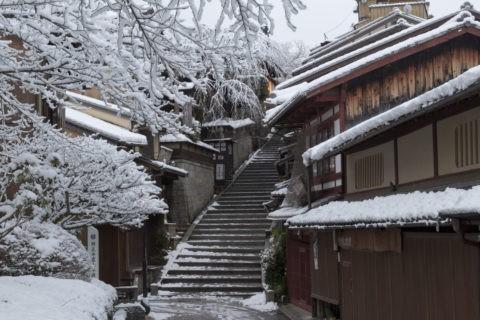 雪の三年坂