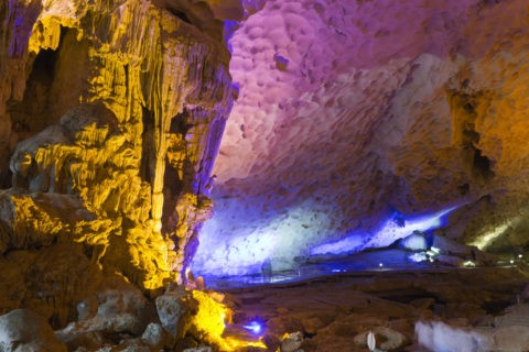 ハロン湾 スンソット洞窟