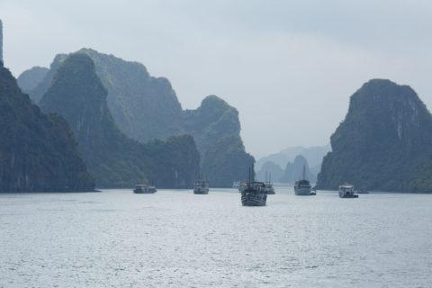 ハロン湾 観光船