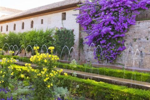 フェネラリーフェ庭園