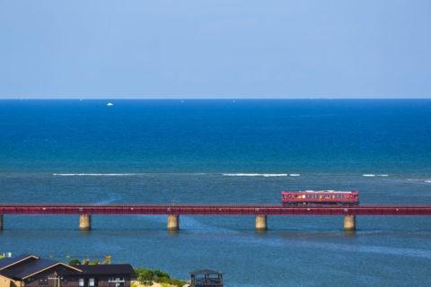 由良川橋梁と京都丹後鉄道 あかまつ号
