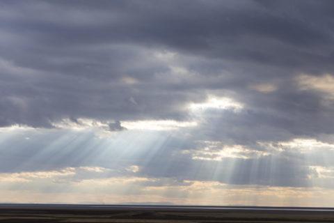 トゥズ湖 光芒