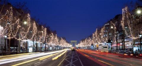 クリスマス飾り シャンゼリゼ通 パリ