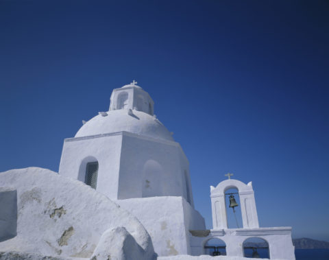 白い教会 サントリーニ島 ギリシャ