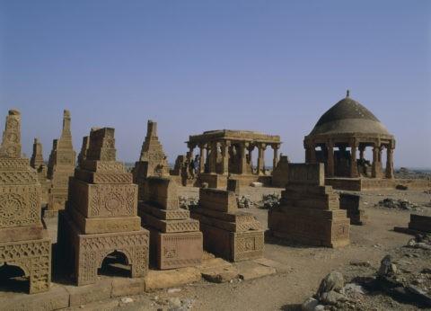 チョーガンディ遺跡 パキスタン カラチ