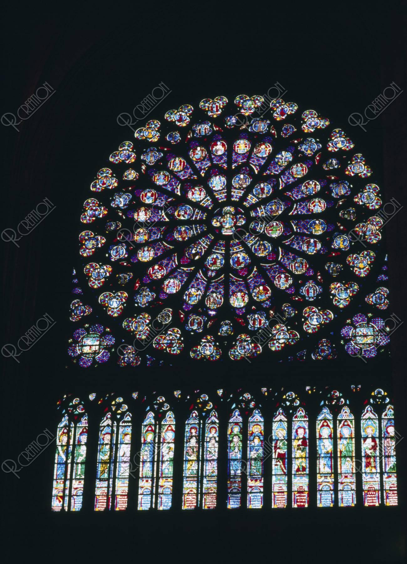 ノートルダム寺院のバラ窓 パリ