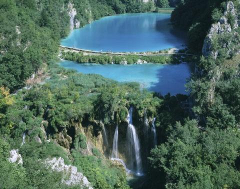 湖と滝 プリトヴィツェ W.H.