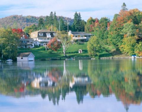 秋のサーブル湖