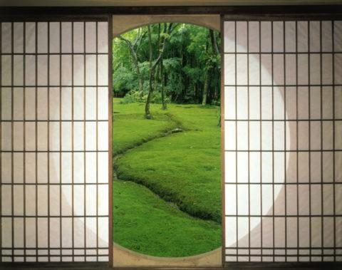 丸窓と緑の庭 C.G.合成