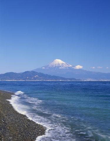 三保松原より富士山と駿河湾