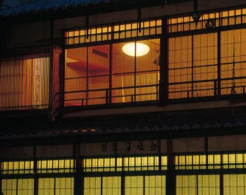 祇園 料亭の灯り