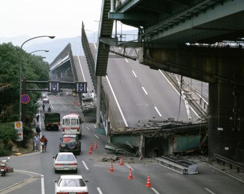 阪神大震災 被災地 阪神高速