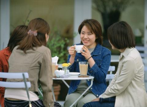 カフェの女性達