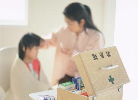 子供の発熱と救急箱