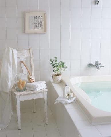 バス用品のある浴室