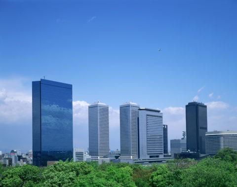 新緑の大阪ビジネスパーク