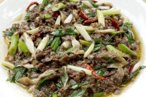 名物料理 小炒毛驢肉(ロバの肉)