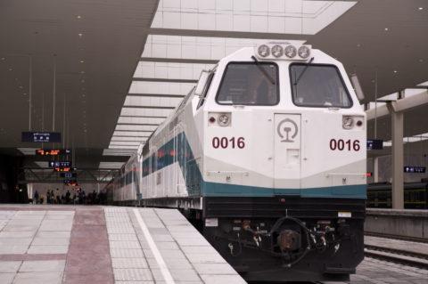 青蔵鉄道列車(三重連)北京行き ラサ市