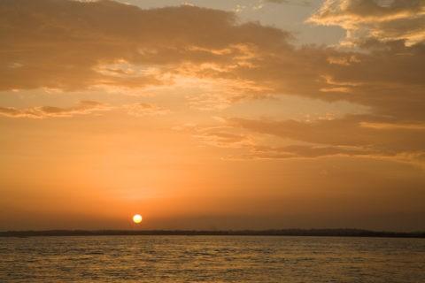 アマゾンの夕日