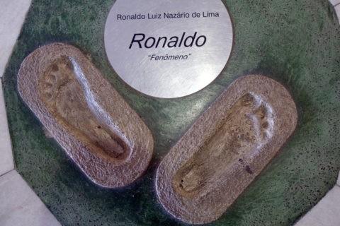 ロナウドの足型 マラカナンスタジアム