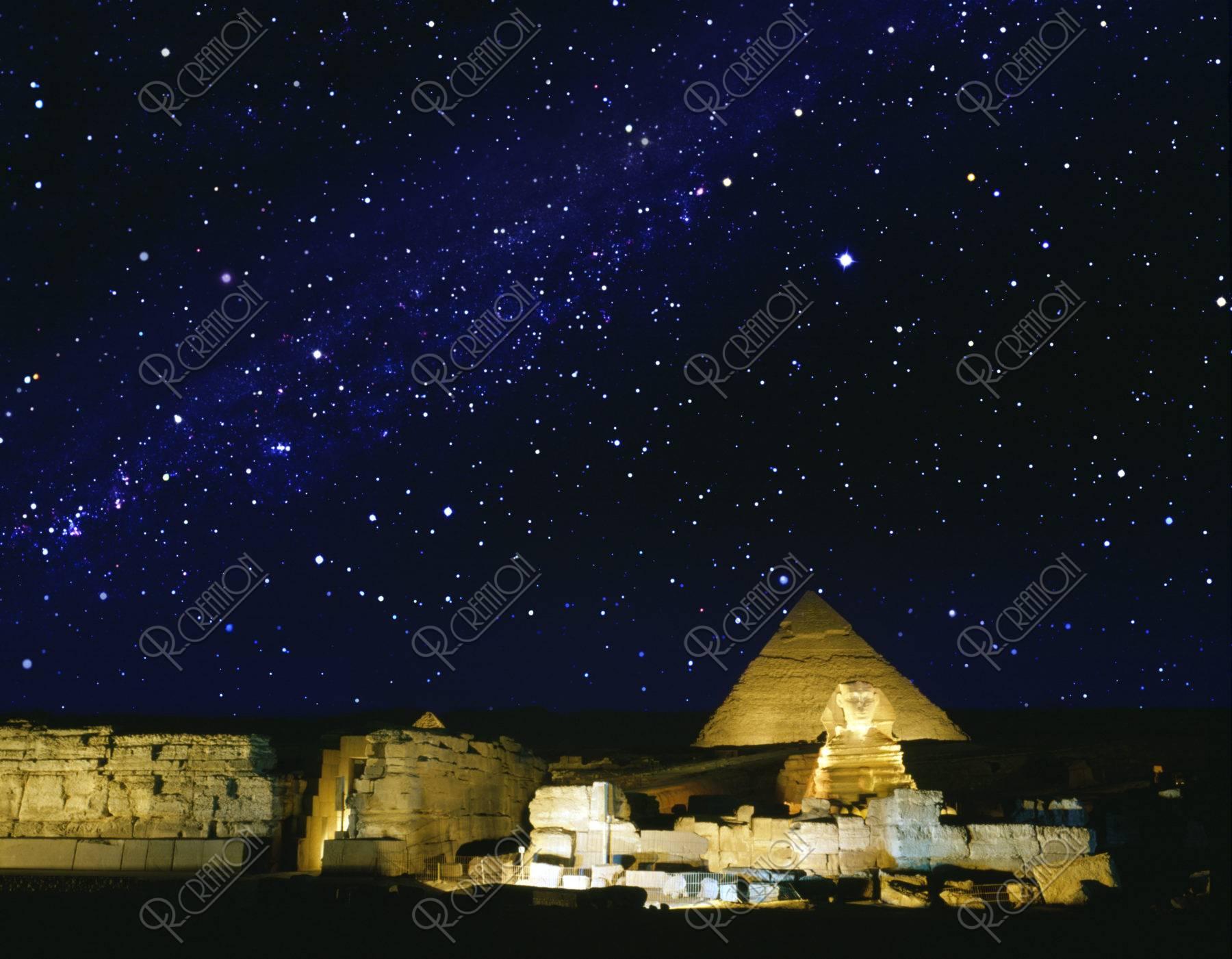ピラミッド スフィンクス 世界遺産 夜景 合成