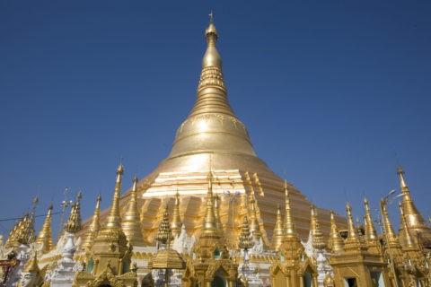 シュエダゴンパゴダ 仏舎利塔 仏教 黄金色 金箔