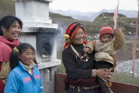 チベット族の親子