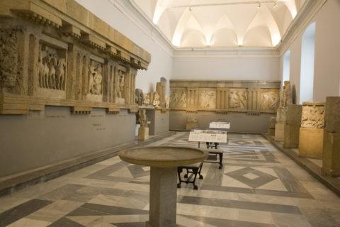 州立考古学博物館内部