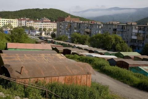 ガレージとマンション ペトロパブロフスクカムチャッキー市